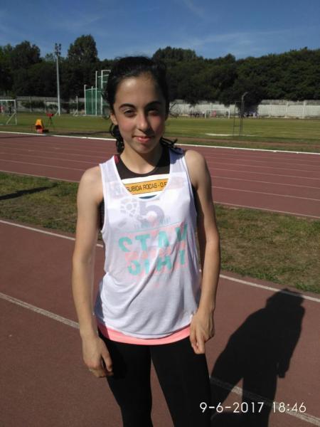 Ainara Rodríguez, Mínima Nacional en 600 lisos para o Campionato de España (1,39,60) agora mesmo en Bastiagueiro (A Coruña)